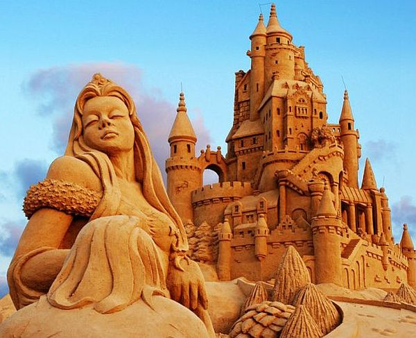 The sand princess with her massive castle
